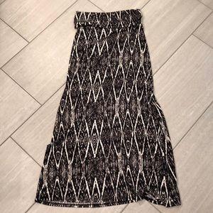 B Jewel floor length patterned skirt.